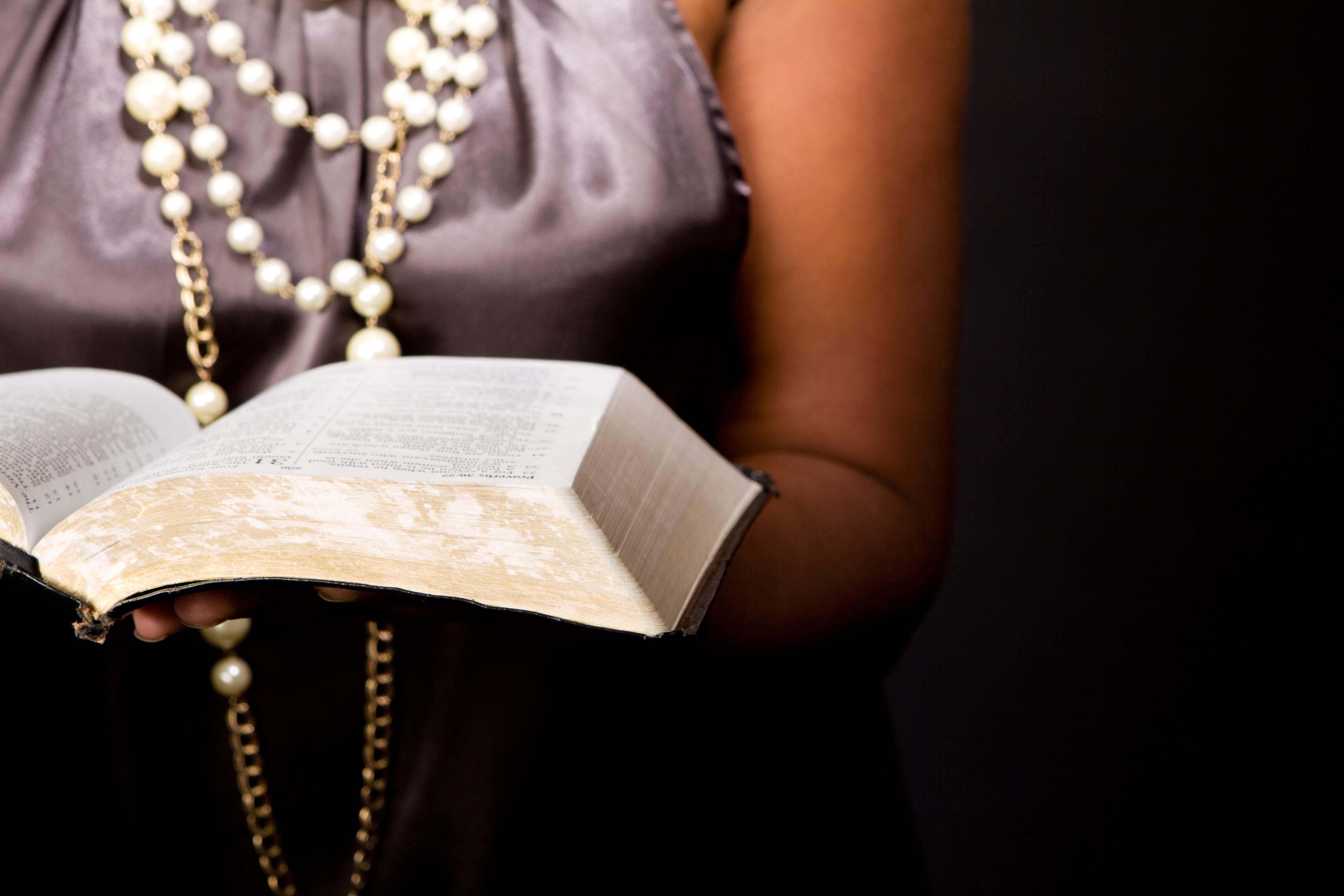 ChristianWomeninEntertainment