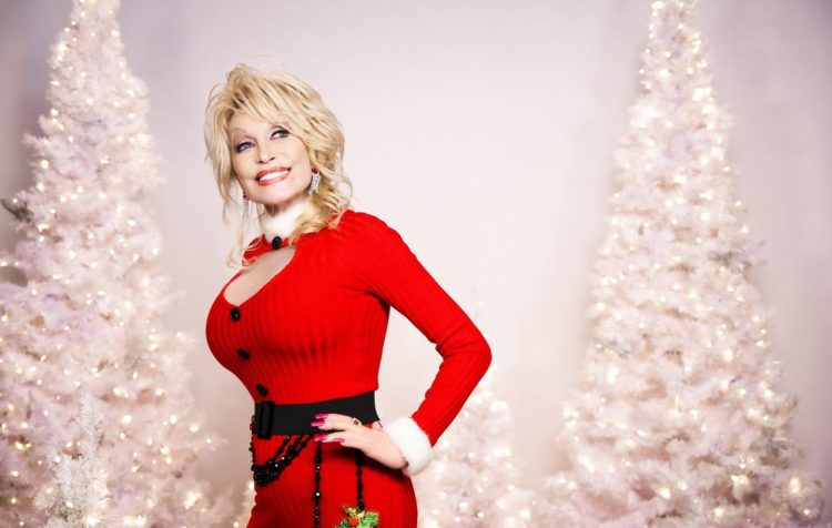 Dolly Parton releases Christmas movie on Netflix