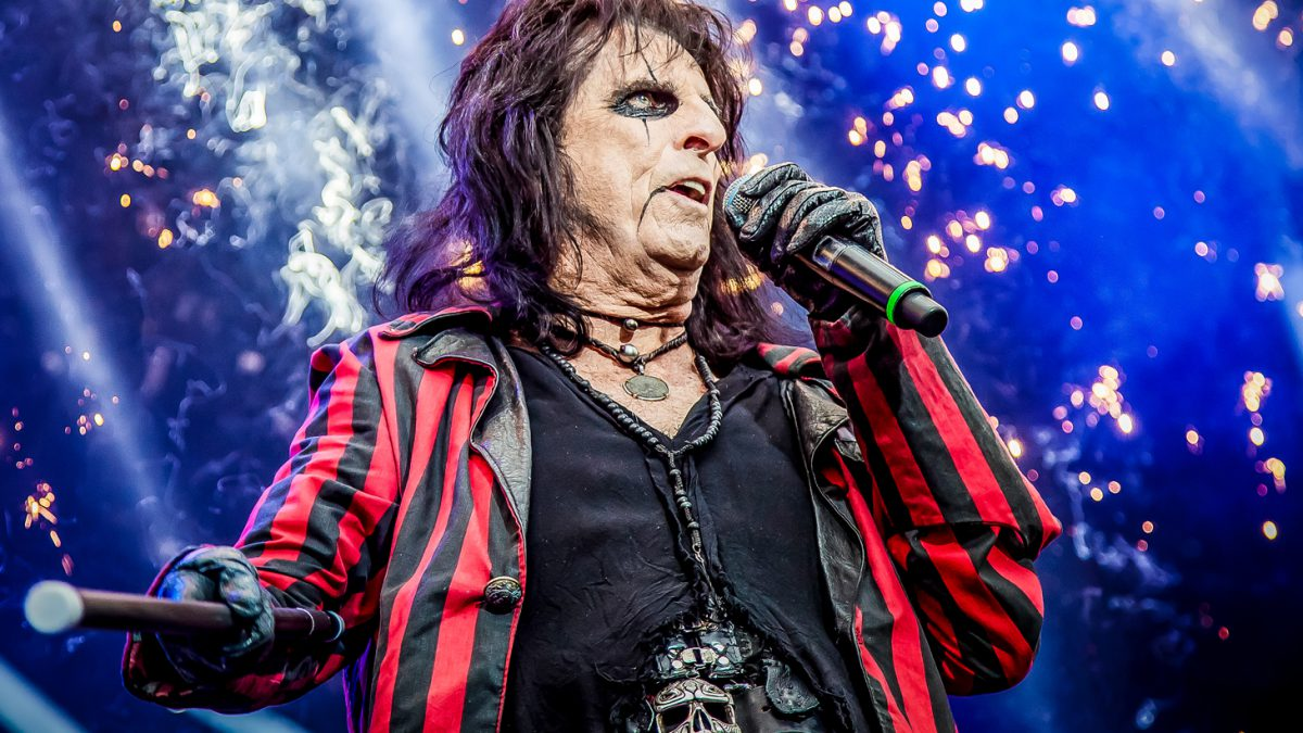 Rocker Alice Cooper turned to God to get out of alcohol addiction
